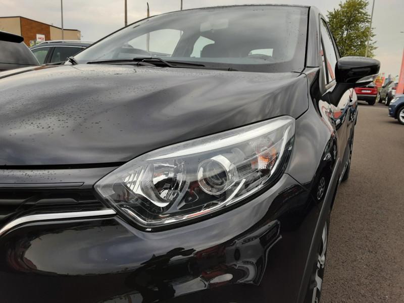 Photo 39 de l'offre de RENAULT CAPTUR dCi 90 E6C Business à 14500€ chez Centrale Auto Marché Mussidan