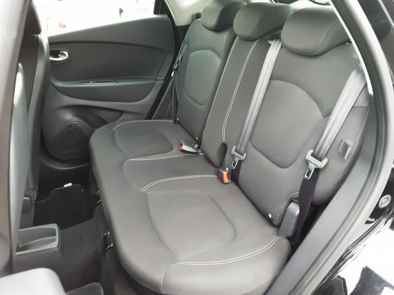Photo 5 de l'offre de RENAULT CAPTUR dCi 90 E6C Business à 14500€ chez Centrale Auto Marché Mussidan