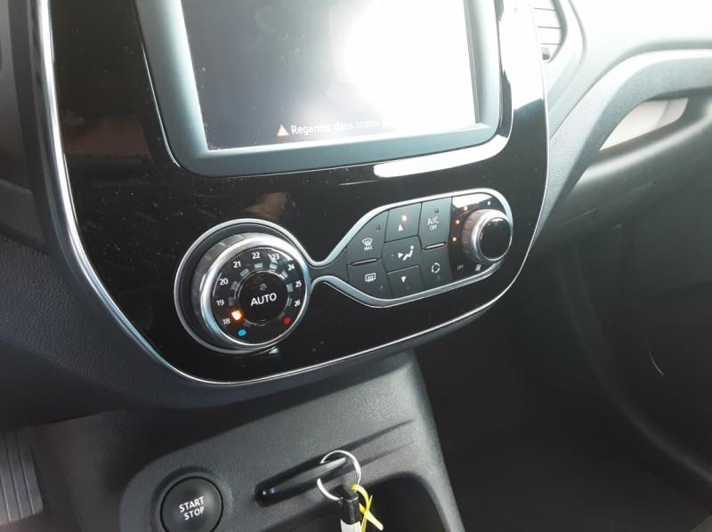Photo 44 de l'offre de RENAULT CAPTUR Captur TCe 90 Zen à 13990€ chez Centrale Auto Marché Mussidan