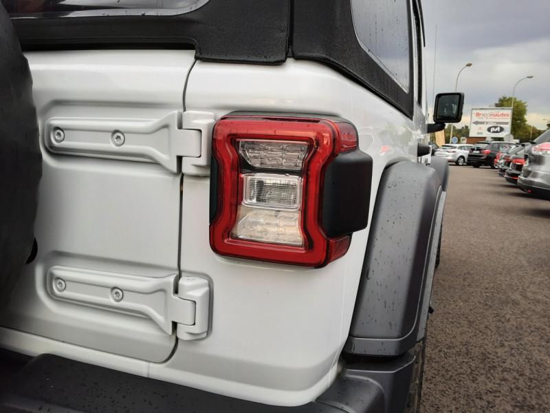 Photo 9 de l'offre de JEEP WRANGLER Unlimited 2.2 l MultiJet 200 ch 4x4 BVA8 Rubicon à 54990€ chez Centrale Auto Marché Mussidan