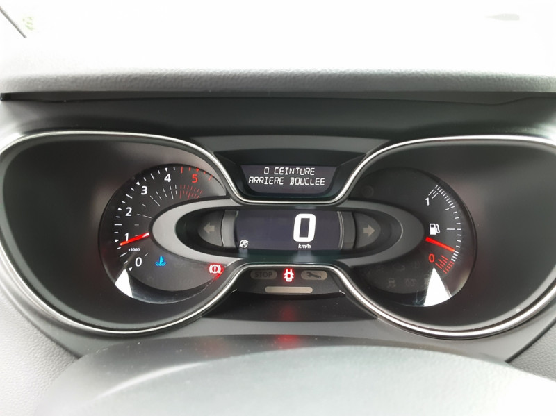 Photo 50 de l'offre de RENAULT CAPTUR dCi 90 E6C Business à 14500€ chez Centrale Auto Marché Mussidan