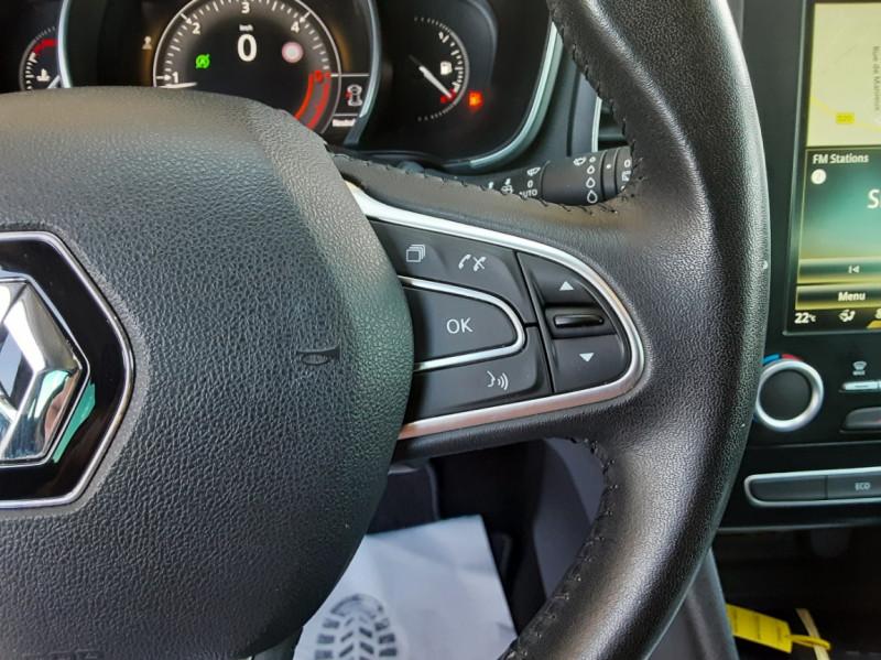 Photo 40 de l'offre de RENAULT MEGANE Mégane IV Berline dCi 110 Energy Intens à 13490€ chez Centrale Auto Marché Mussidan