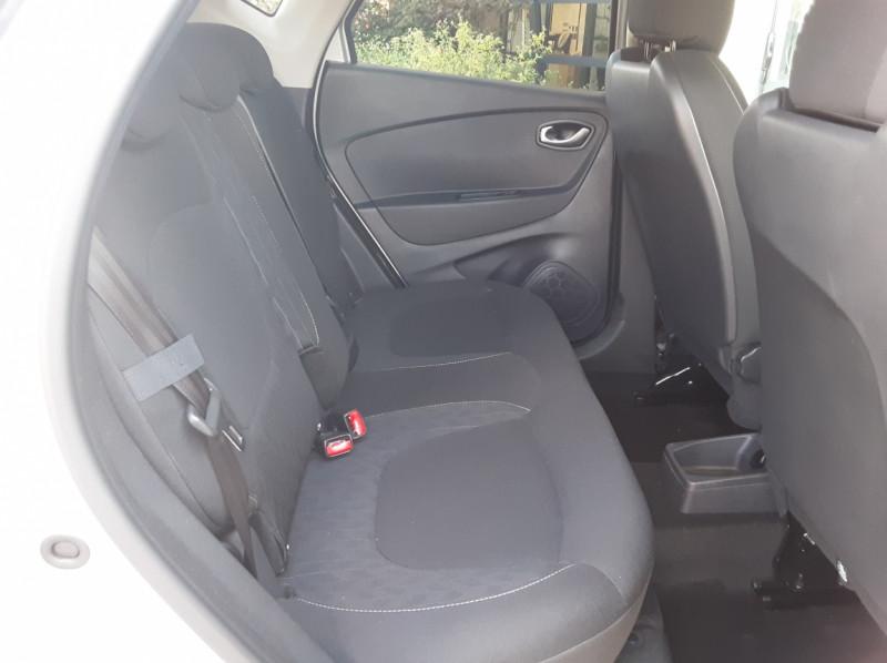 Photo 31 de l'offre de RENAULT CAPTUR Captur TCe 90 Zen à 13990€ chez Centrale Auto Marché Mussidan