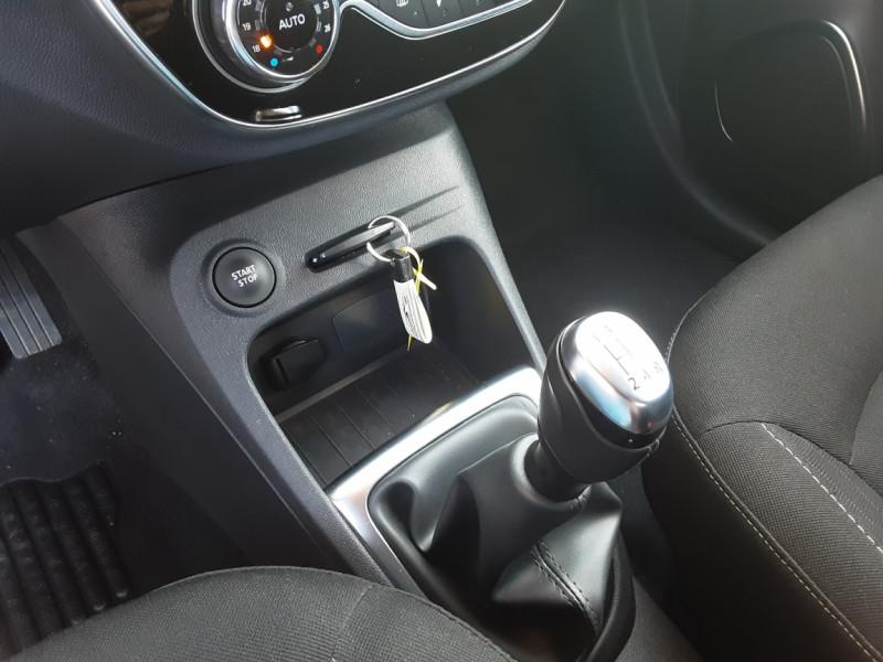 Photo 49 de l'offre de RENAULT CAPTUR Captur TCe 90 Zen à 13990€ chez Centrale Auto Marché Mussidan