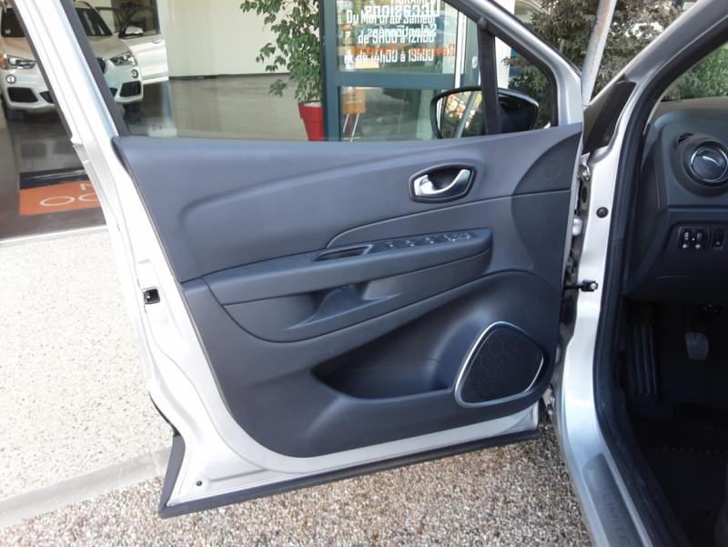 Photo 23 de l'offre de RENAULT CAPTUR Captur TCe 90 Zen à 13990€ chez Centrale Auto Marché Mussidan