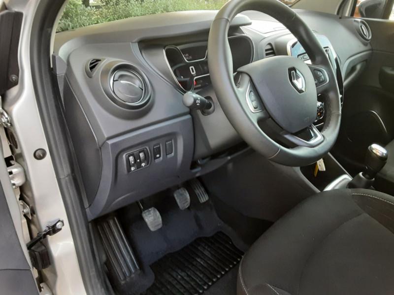 Photo 41 de l'offre de RENAULT CAPTUR Captur TCe 90 Zen à 13990€ chez Centrale Auto Marché Mussidan