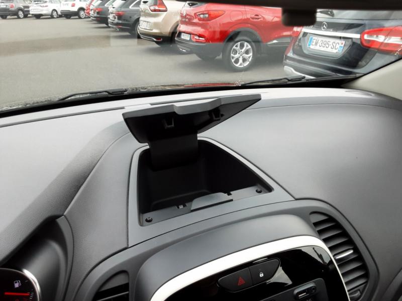Photo 21 de l'offre de RENAULT CAPTUR dCi 90 E6C Business à 14500€ chez Centrale Auto Marché Mussidan