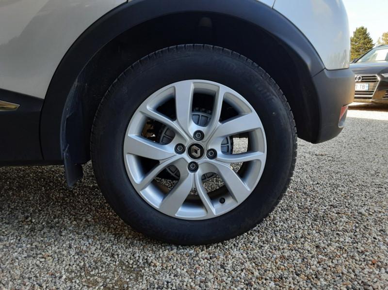 Photo 48 de l'offre de RENAULT CAPTUR Captur TCe 90 Zen à 13990€ chez Centrale Auto Marché Mussidan
