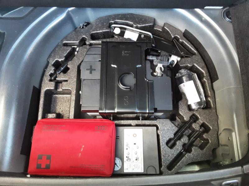 Photo 15 de l'offre de AUDI A1 Sportback 1.4 TDI 90CH S tronic Business Line à 18490€ chez Centrale Auto Marché Mussidan
