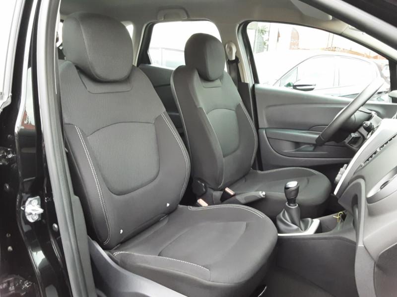 Photo 32 de l'offre de RENAULT CAPTUR dCi 90 E6C Business à 14500€ chez Centrale Auto Marché Mussidan