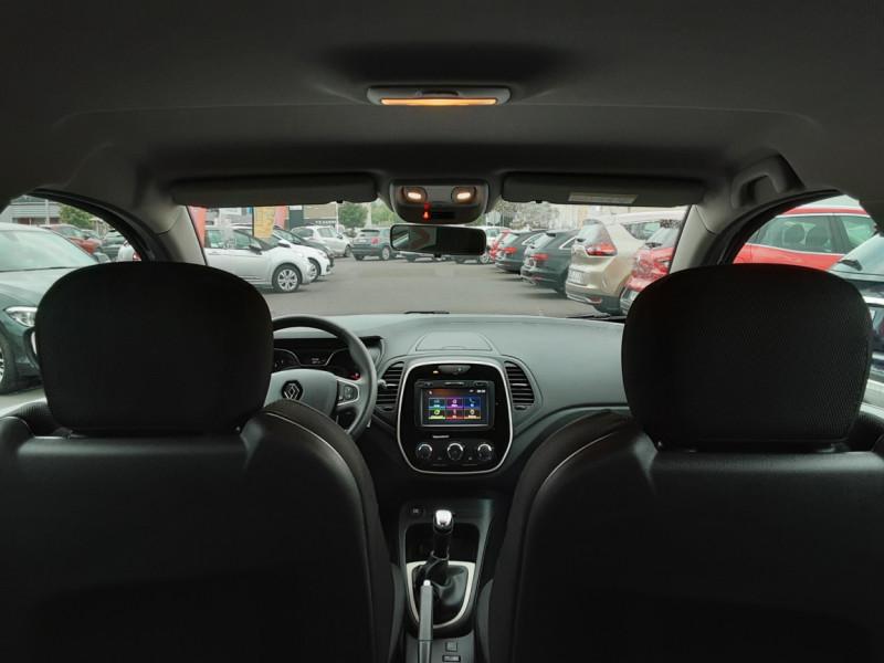 Photo 6 de l'offre de RENAULT CAPTUR dCi 90 E6C Business à 14500€ chez Centrale Auto Marché Mussidan