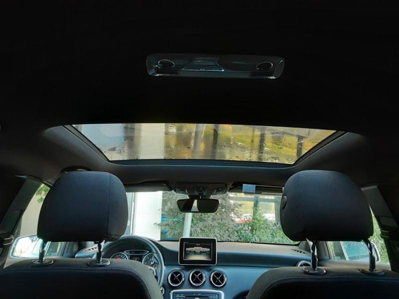 Photo 29 de l'offre de MERCEDES-BENZ CLASSE A 180 d 7G-DCT Business Edition à 17700€ chez Centrale Auto Marché Mussidan
