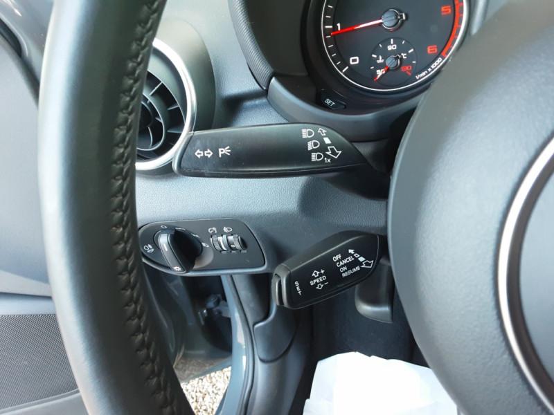 Photo 46 de l'offre de AUDI A1 Sportback 1.4 TDI 90CH S tronic Business Line à 18490€ chez Centrale Auto Marché Mussidan
