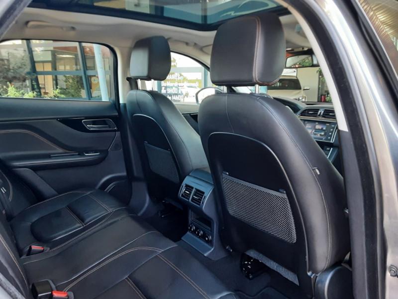 Photo 30 de l'offre de JAGUAR F-PACE 2.0 D - 180 ch AWD BVA8 Prestige à 28490€ chez Centrale Auto Marché Mussidan