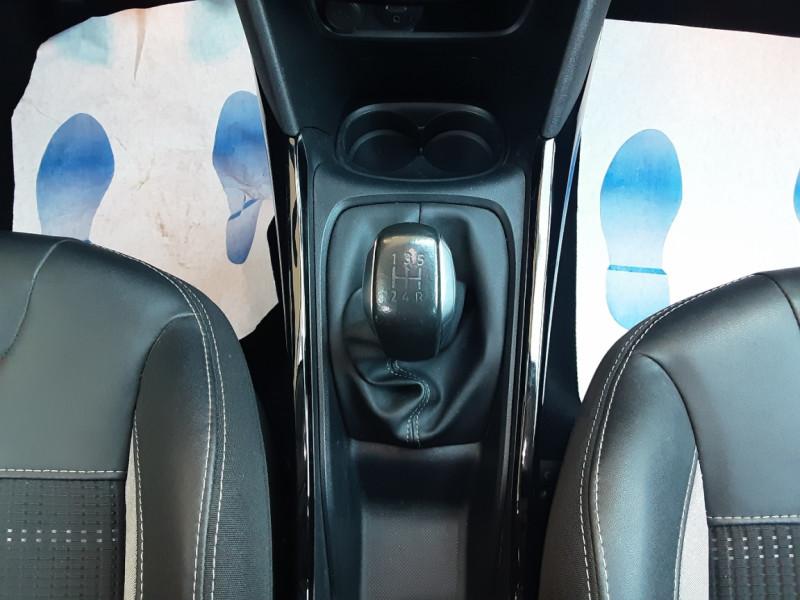 Photo 40 de l'offre de PEUGEOT 2008 1.6 BlueHDi 100ch SetS BVM5 Allure Business à 13890€ chez Centrale Auto Marché Mussidan