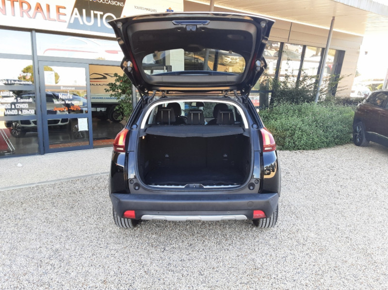 Photo 13 de l'offre de PEUGEOT 2008 1.6 BlueHDi 100ch SetS BVM5 Allure Business à 13890€ chez Centrale Auto Marché Mussidan