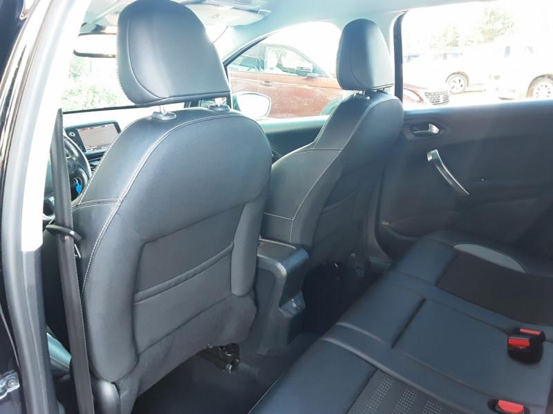 Photo 34 de l'offre de PEUGEOT 2008 1.6 BlueHDi 100ch SetS BVM5 Allure Business à 13890€ chez Centrale Auto Marché Mussidan