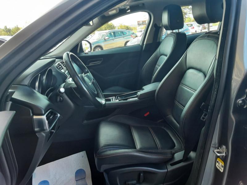 Photo 20 de l'offre de JAGUAR F-PACE 2.0 D - 180 ch AWD BVA8 Prestige à 28490€ chez Centrale Auto Marché Mussidan