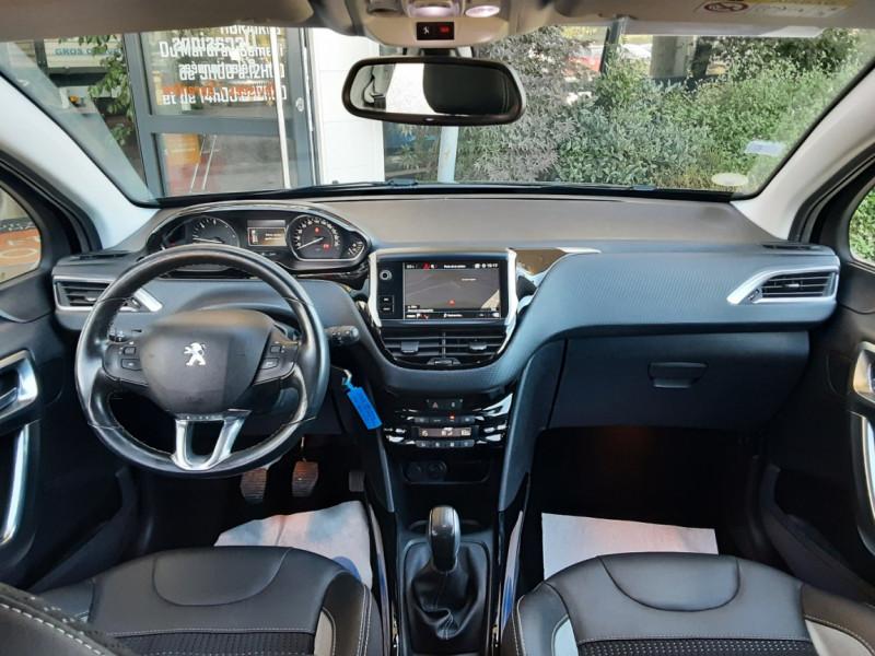 Photo 30 de l'offre de PEUGEOT 2008 1.6 BlueHDi 100ch SetS BVM5 Allure Business à 13890€ chez Centrale Auto Marché Mussidan