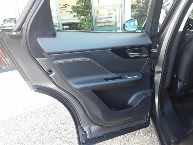 Photo 21 de l'offre de JAGUAR F-PACE 2.0 D - 180 ch AWD BVA8 Prestige à 28490€ chez Centrale Auto Marché Mussidan