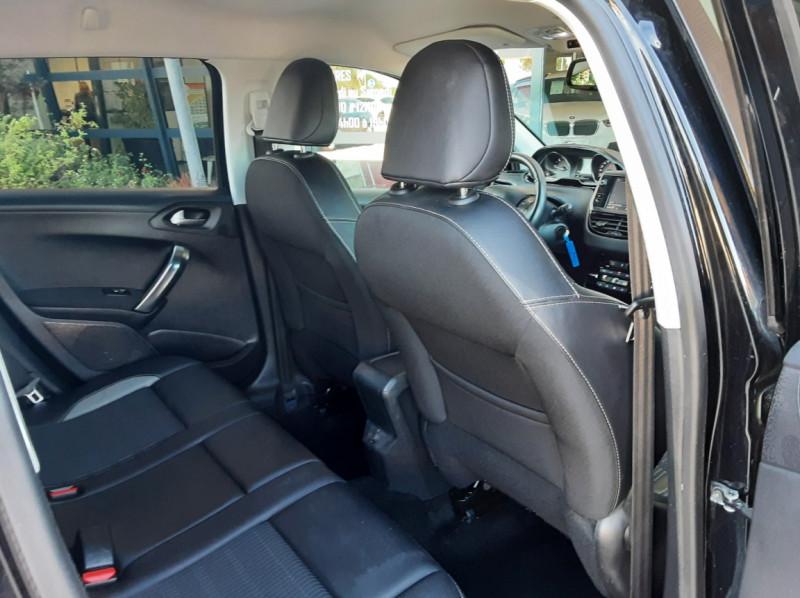 Photo 27 de l'offre de PEUGEOT 2008 1.6 BlueHDi 100ch SetS BVM5 Allure Business à 13890€ chez Centrale Auto Marché Mussidan