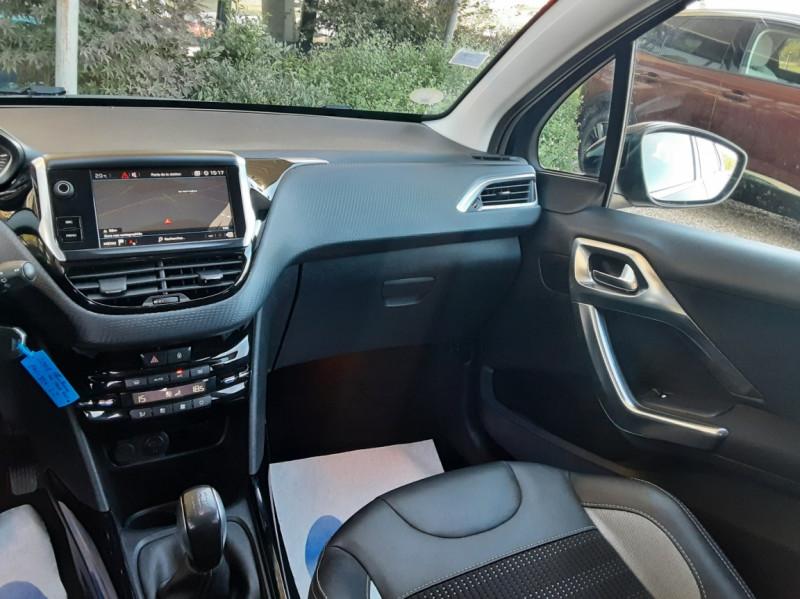Photo 42 de l'offre de PEUGEOT 2008 1.6 BlueHDi 100ch SetS BVM5 Allure Business à 13890€ chez Centrale Auto Marché Mussidan