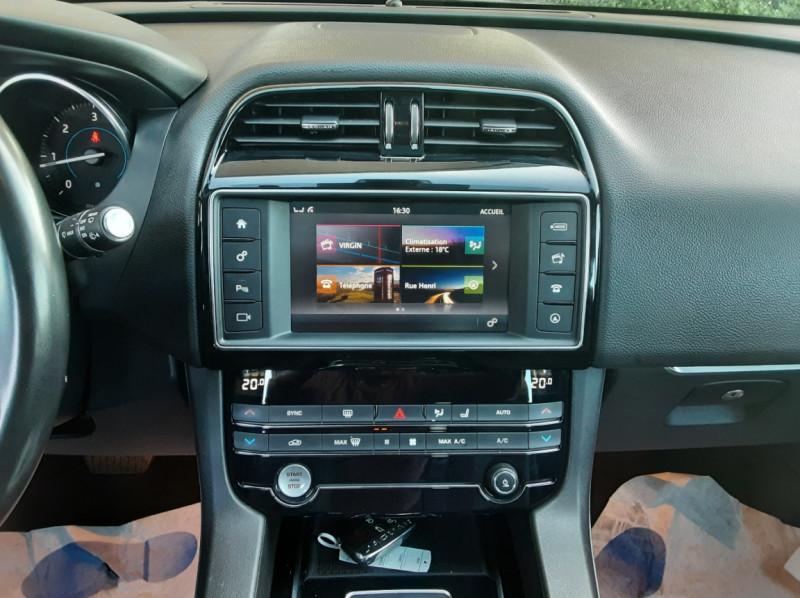 Photo 41 de l'offre de JAGUAR F-PACE 2.0 D - 180 ch AWD BVA8 Prestige à 28490€ chez Centrale Auto Marché Mussidan