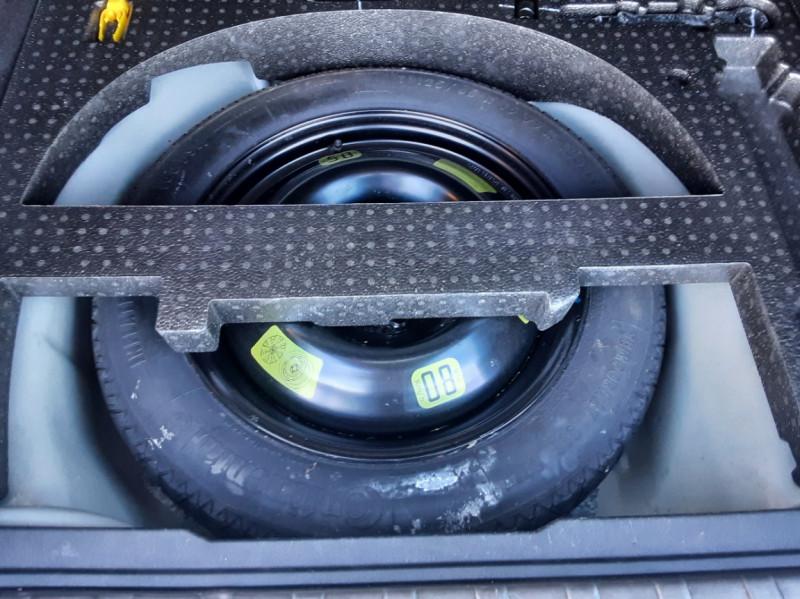 Photo 16 de l'offre de PEUGEOT 2008 1.6 BlueHDi 100ch SetS BVM5 Allure Business à 13890€ chez Centrale Auto Marché Mussidan