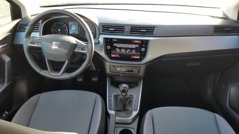 Photo 6 de l'offre de SEAT ARONA 1.6 TDI 95CH START/STOP STYLE BUSINESS EURO6D-T à 15990€ chez Garage Bossard