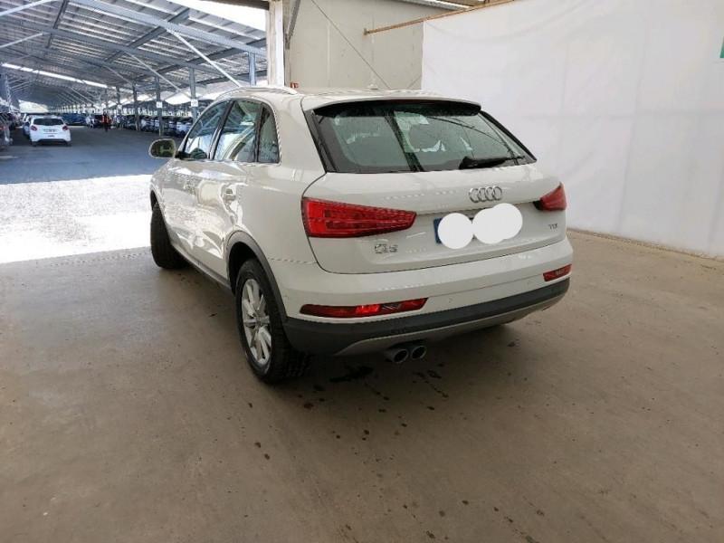 Photo 2 de l'offre de AUDI Q3 2.0 TDI 120CH BUSINESS LINE à 21990€ chez Garage Bossard