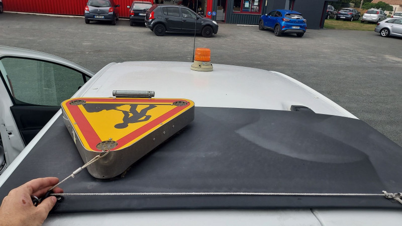 Photo 5 de l'offre de CITROEN BERLINGO 20 L1 E-HDI 90 CLUB à 9500€ chez Garage Bossard