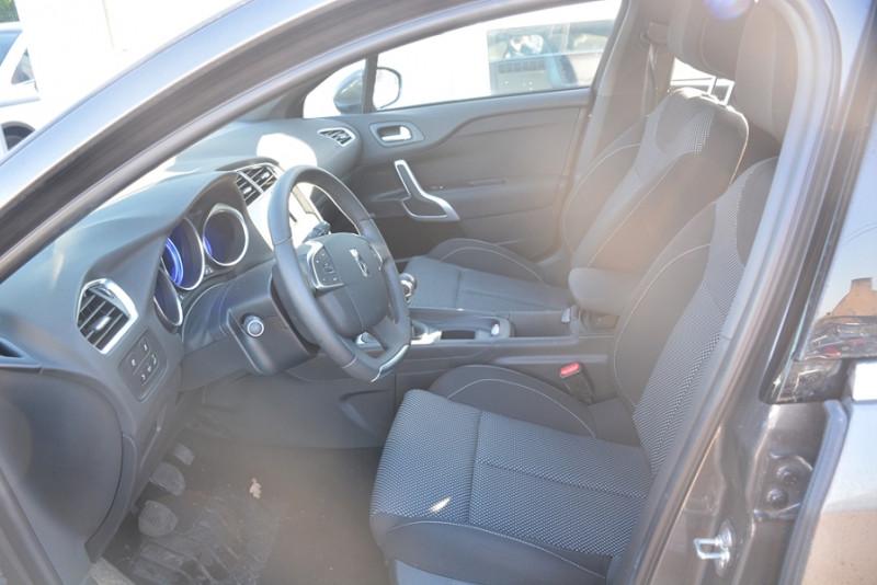 Photo 5 de l'offre de CITROEN DS 4 BLUEHDI 120CH SO CHIC S&S à 12490€ chez Sevestre Automobiles Nantes
