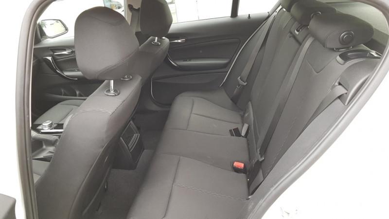 Photo 6 de l'offre de BMW SERIE 1 (F21/F20) 118DA 150CH LOUNGE 5P EURO6C à 20490€ chez Sevestre Automobiles Nantes