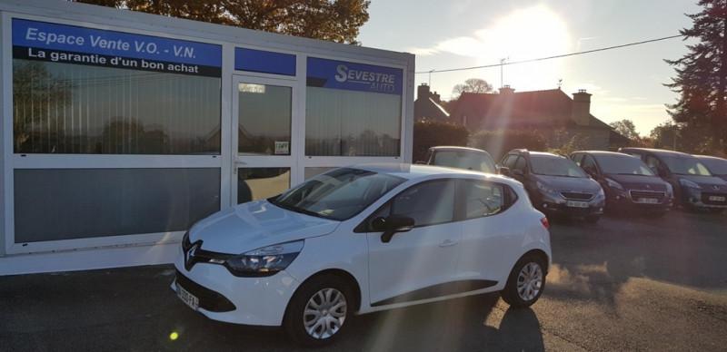 Renault CLIO IV 0.9 TCE 90CH LIMITED 5P Essence BLANC Occasion à vendre