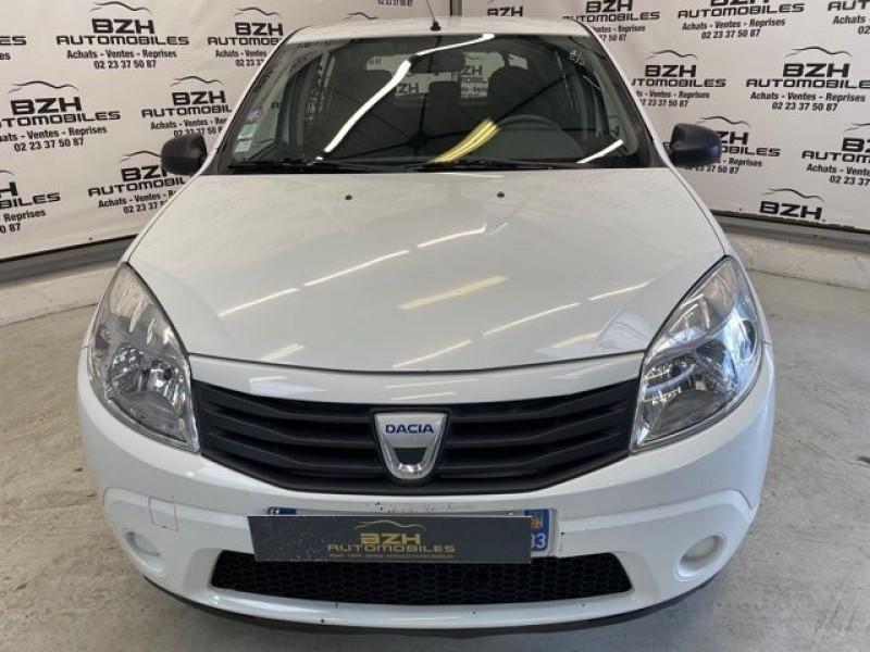 Photo 3 de l'offre de DACIA SANDERO 1.2 16V 75CH AMBIANCE EURO5 à 5490€ chez BZH Automobiles