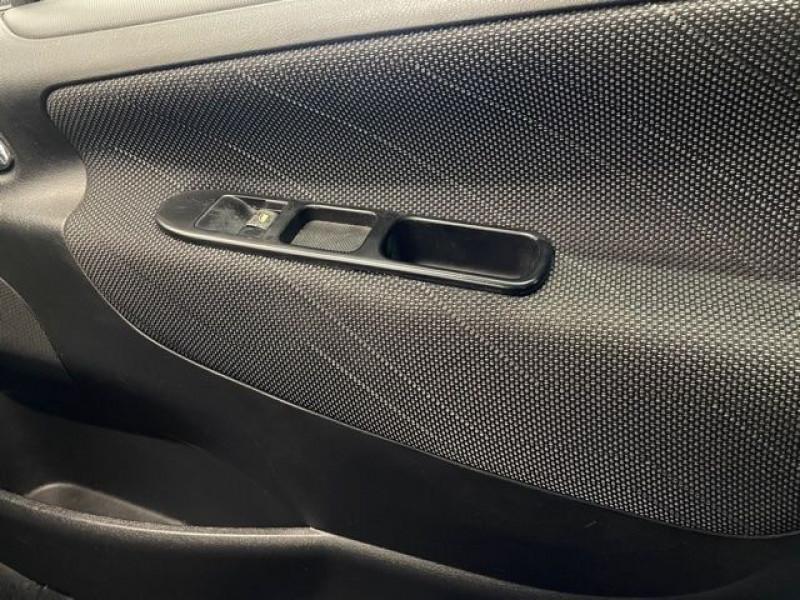 Photo 15 de l'offre de PEUGEOT 207 1.4 HDI70 PREMIUM 5P à 4690€ chez BZH Automobiles