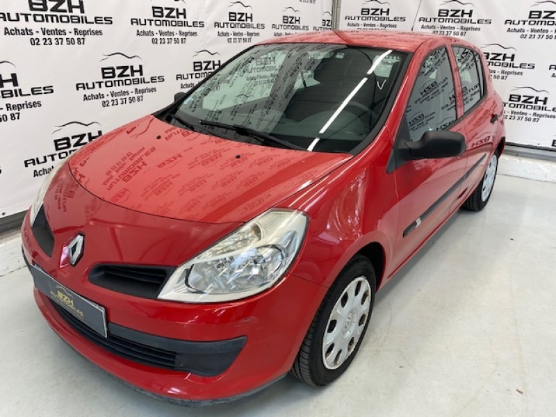 Renault CLIO III 1.5 DCI 70CH CONFORT PACK CLIM EXPRESSION 5P Diesel ROUGE Occasion à vendre