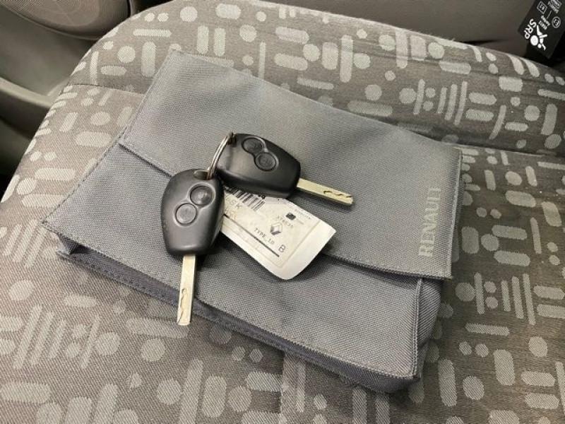 Photo 11 de l'offre de RENAULT MODUS 1.4 16V 98CH PACK AUTHENTIQUE à 4490€ chez BZH Automobiles
