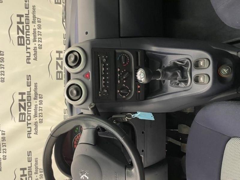 Photo 11 de l'offre de PEUGEOT 1007 1.4 HDI DOLCE à 5490€ chez BZH Automobiles