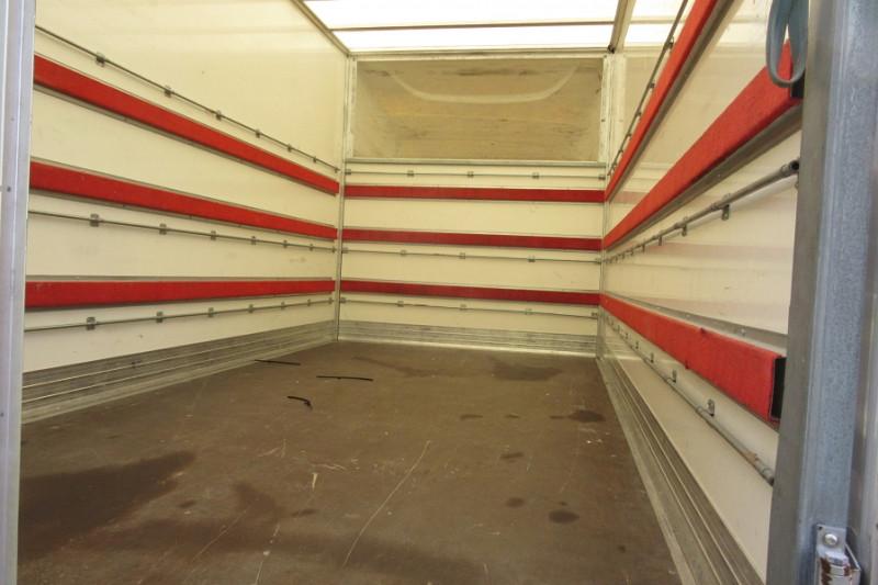 Photo 3 de l'offre de IVECO 35 / 3L 150CH CAISSE 22M3 DAILY à 26600€ chez L'utilitaire Normand