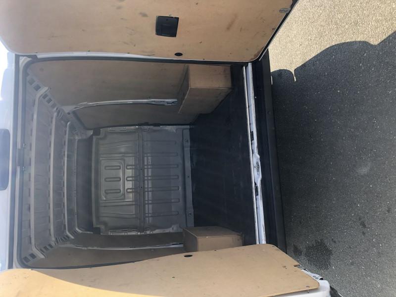 Photo 4 de l'offre de FIAT DUCATO MH2 2.0 MJT 115 PACK PRO NAV à 18500€ chez L'utilitaire Normand