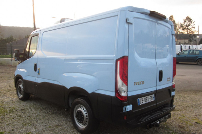 Photo 2 de l'offre de IVECO DAILY 35S13 HI-MATIC FRIGO DAILY à 21000€ chez L'utilitaire Normand