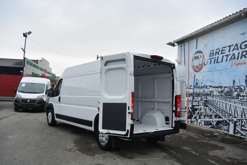 Photo 6 de l'offre de FIAT DUCATO FG 3.5 MAXI LH2 2.3 MULTIJET 140CH PRO LOUNGE à 29988€ chez Bretagne Utilitaires