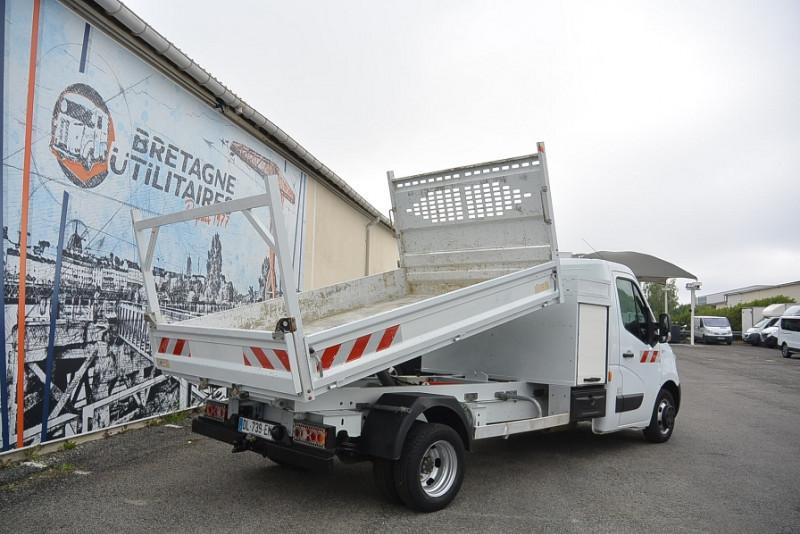 Photo 4 de l'offre de RENAULT MASTER BENNE R3500RJ L3 2.3 DCI 150CH + COFFRE GRAND CONFORT à 21480€ chez Bretagne Utilitaires