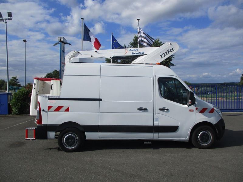 Renault MASTER NACELLE TIME F3500 L2H2 2.3 DCI 125CH GRAND CONFORT Diesel BLANC Occasion à vendre
