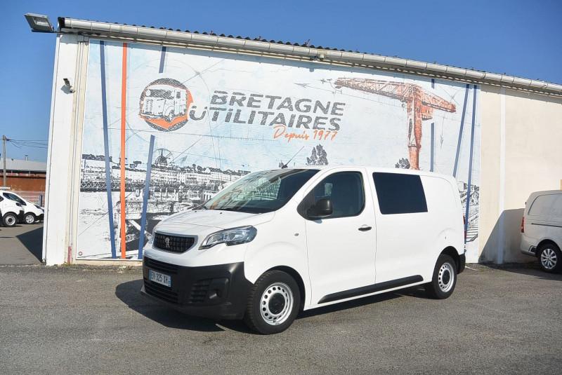 Photo 2 de l'offre de PEUGEOT EXPERT CAB APPRO 6 PLACES STANDARD 2.0 BLUEHDI 120 CV PREMIUM à 20940€ chez Bretagne Utilitaires