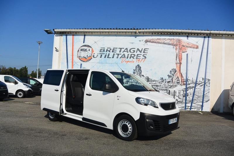 Photo 1 de l'offre de PEUGEOT EXPERT CAB APPRO 6 PLACES STANDARD 2.0 BLUEHDI 120 CV PREMIUM à 20940€ chez Bretagne Utilitaires