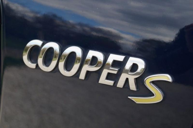 Photo 14 de l'offre de MINI COUNTRYMAN COOPER SE 136CH + 88CH ALL4 BVA à 27890€ chez Visiteauto.fr