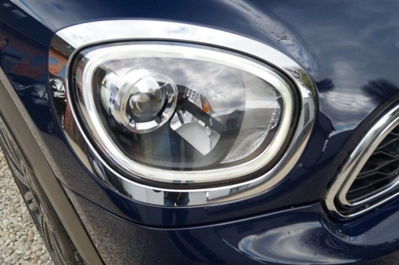 Photo 12 de l'offre de MINI COUNTRYMAN COOPER SE 136CH + 88CH ALL4 BVA à 27890€ chez Visiteauto.fr
