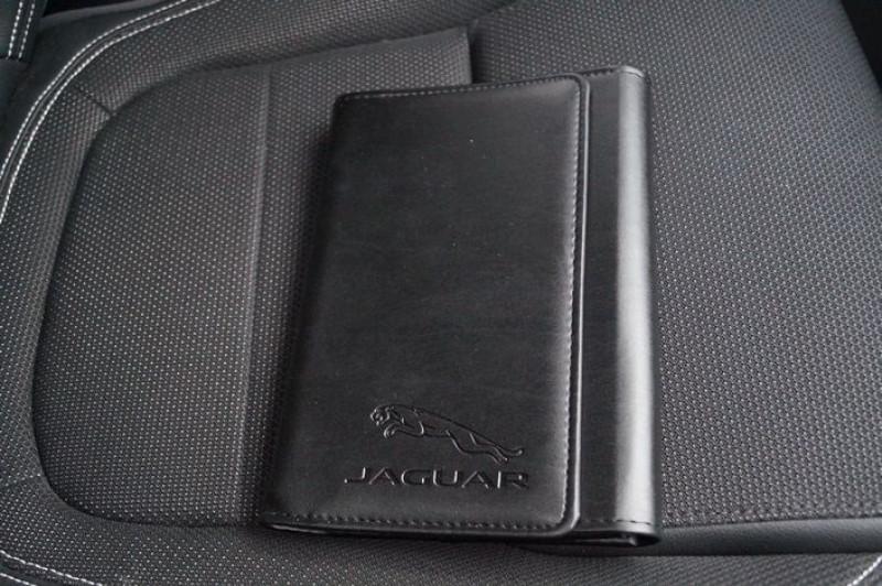 Photo 11 de l'offre de JAGUAR E-PACE 2.0D 150CH BUSINESS R-DYNAMIC AWD BVA9 à 34890€ chez Visiteauto.fr